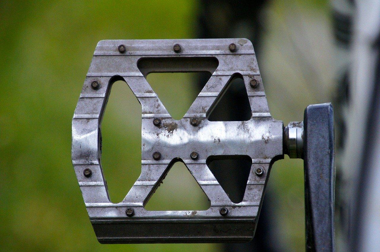 Mtb pedalen vervangen onderhouden